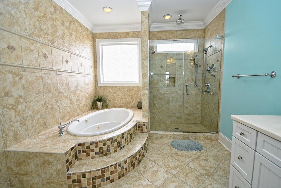 West Ocean Palms Real Estate - http://cdn.resize.sparkplatform.com/ncr/1024x768/true/20170623231308628205000000-o.jpg