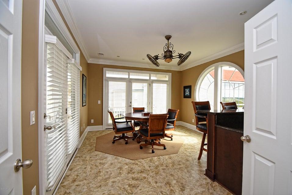 West Ocean Palms Real Estate - http://cdn.resize.sparkplatform.com/ncr/1024x768/true/20170623231532920308000000-o.jpg