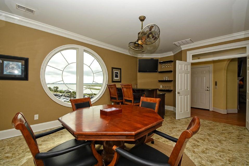 West Ocean Palms Real Estate - http://cdn.resize.sparkplatform.com/ncr/1024x768/true/20170623231620930088000000-o.jpg