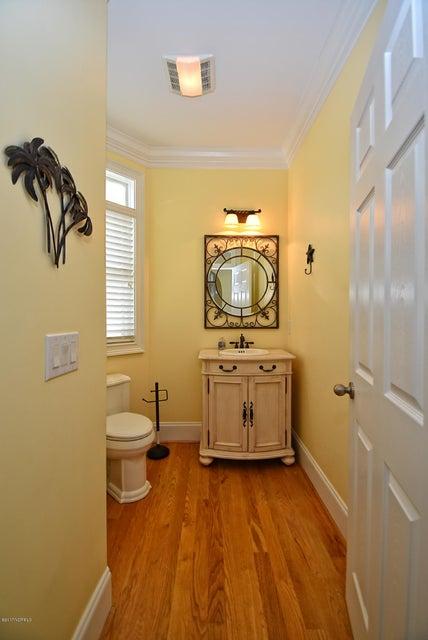 West Ocean Palms Real Estate - http://cdn.resize.sparkplatform.com/ncr/1024x768/true/20170623231839228621000000-o.jpg