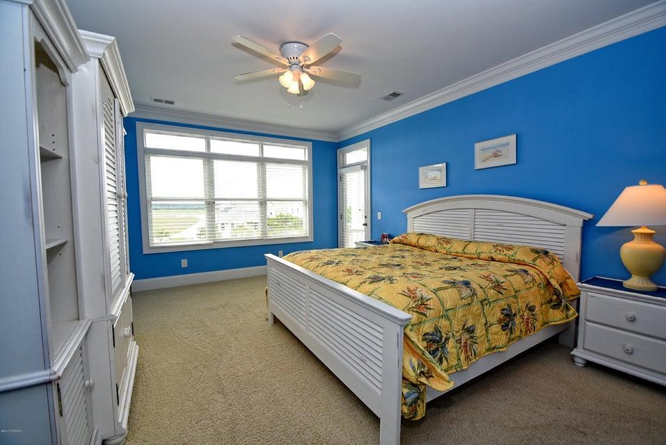 West Ocean Palms Real Estate - http://cdn.resize.sparkplatform.com/ncr/1024x768/true/20170623232331120058000000-o.jpg