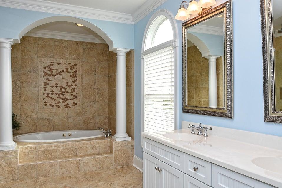 West Ocean Palms Real Estate - http://cdn.resize.sparkplatform.com/ncr/1024x768/true/20170623233053944469000000-o.jpg