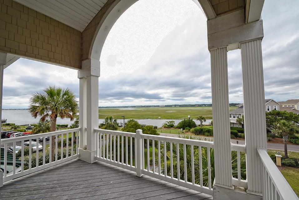 West Ocean Palms Real Estate - http://cdn.resize.sparkplatform.com/ncr/1024x768/true/20170623233519404911000000-o.jpg