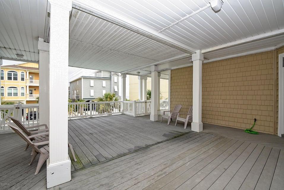 West Ocean Palms Real Estate - http://cdn.resize.sparkplatform.com/ncr/1024x768/true/20170623233928126562000000-o.jpg