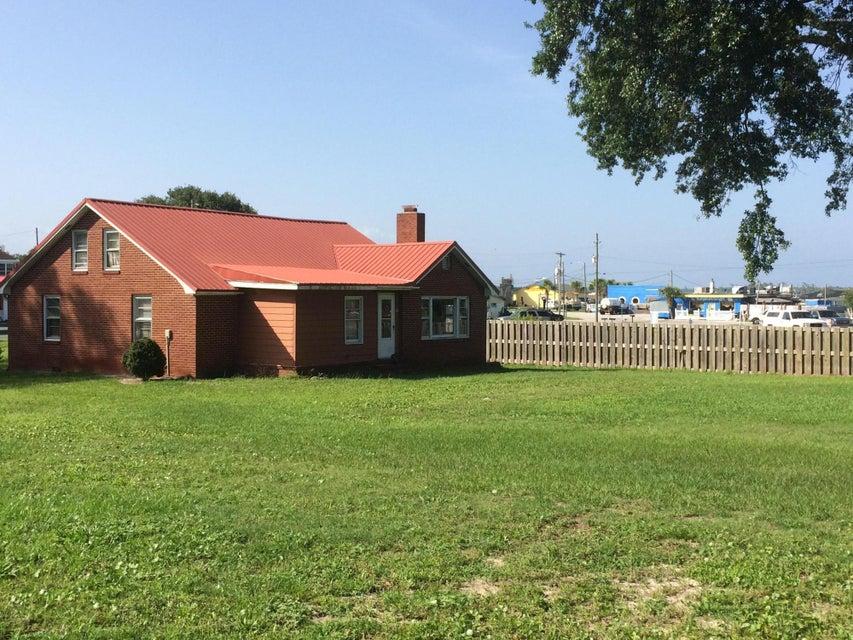 297 Fulcher Landing Road, Sneads Ferry, NC 28460