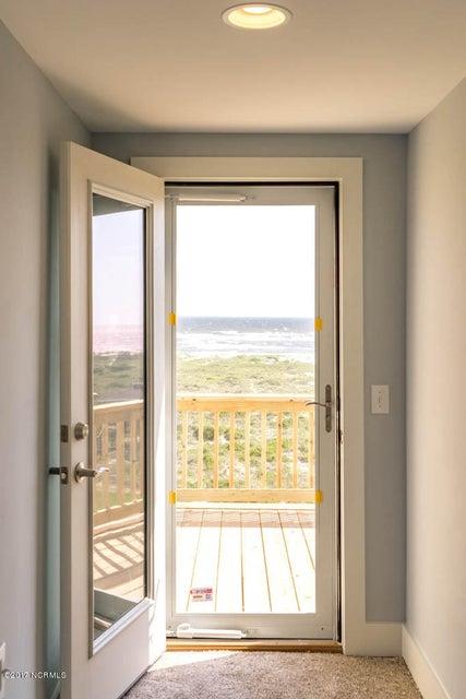 Harbor at Kings Lynn Real Estate - http://cdn.resize.sparkplatform.com/ncr/1024x768/true/20170624171346809735000000-o.jpg