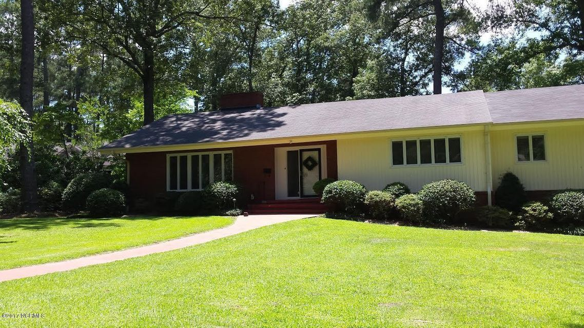Property for sale at 205 E Woodlawn Drive, Williamston,  NC 27892