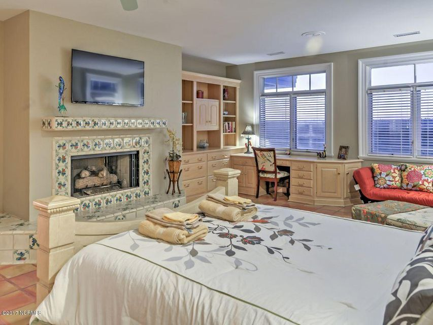 Shell Island Village Real Estate - http://cdn.resize.sparkplatform.com/ncr/1024x768/true/20170701011913648173000000-o.jpg