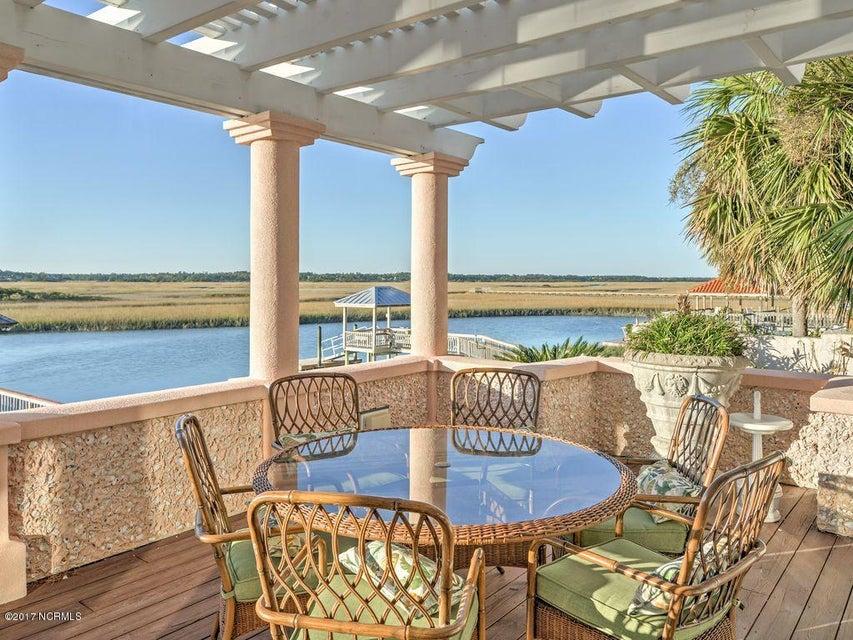 Shell Island Village Real Estate - http://cdn.resize.sparkplatform.com/ncr/1024x768/true/20170701011948896200000000-o.jpg