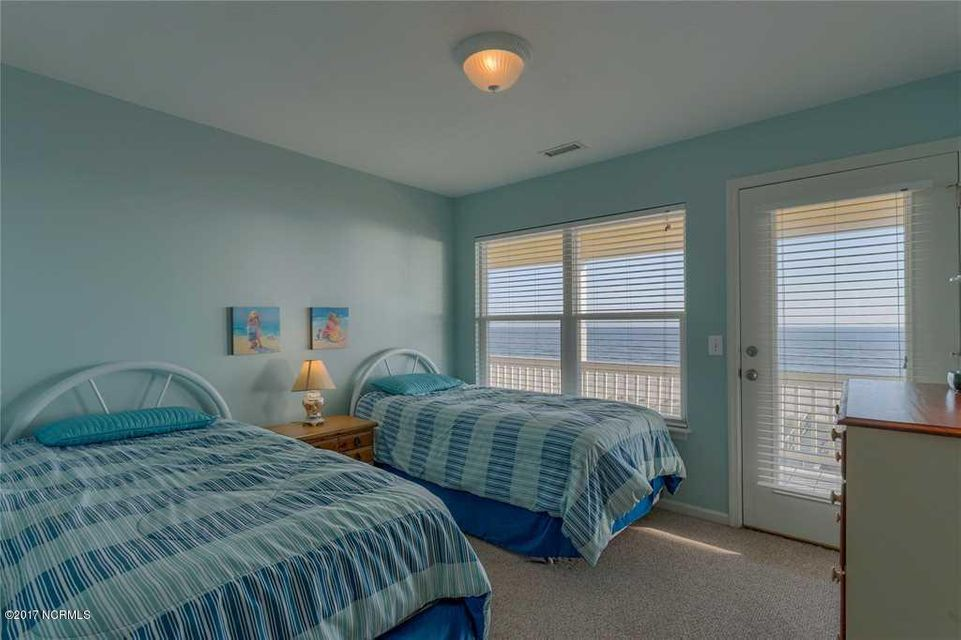 Harbor Acres Real Estate - http://cdn.resize.sparkplatform.com/ncr/1024x768/true/20170701193835617528000000-o.jpg