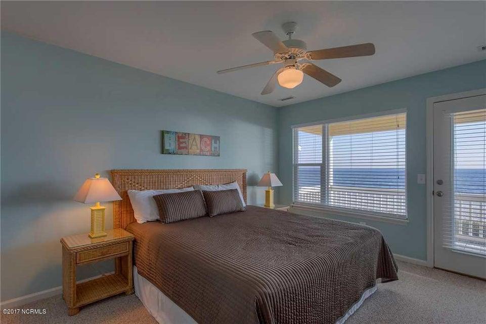 Harbor Acres Real Estate - http://cdn.resize.sparkplatform.com/ncr/1024x768/true/20170701193837912823000000-o.jpg