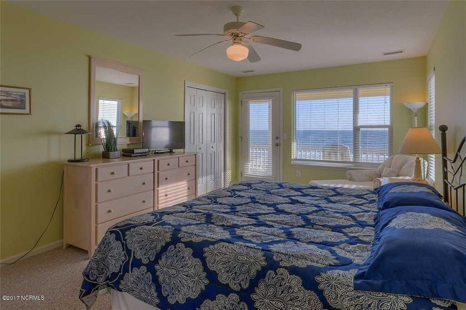 Harbor Acres Real Estate - http://cdn.resize.sparkplatform.com/ncr/1024x768/true/20170701193839062640000000-o.jpg