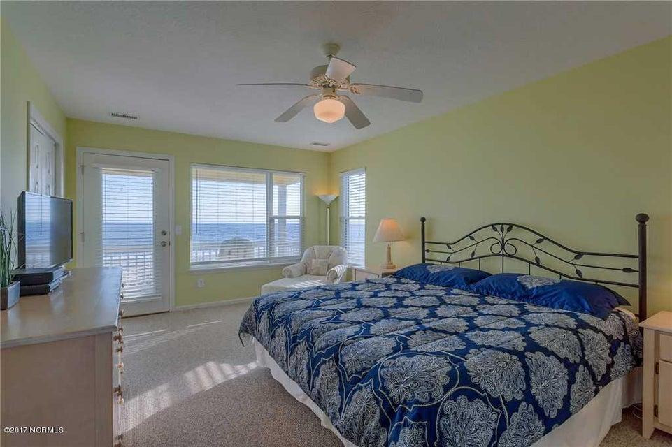 Harbor Acres Real Estate - http://cdn.resize.sparkplatform.com/ncr/1024x768/true/20170701193840061136000000-o.jpg