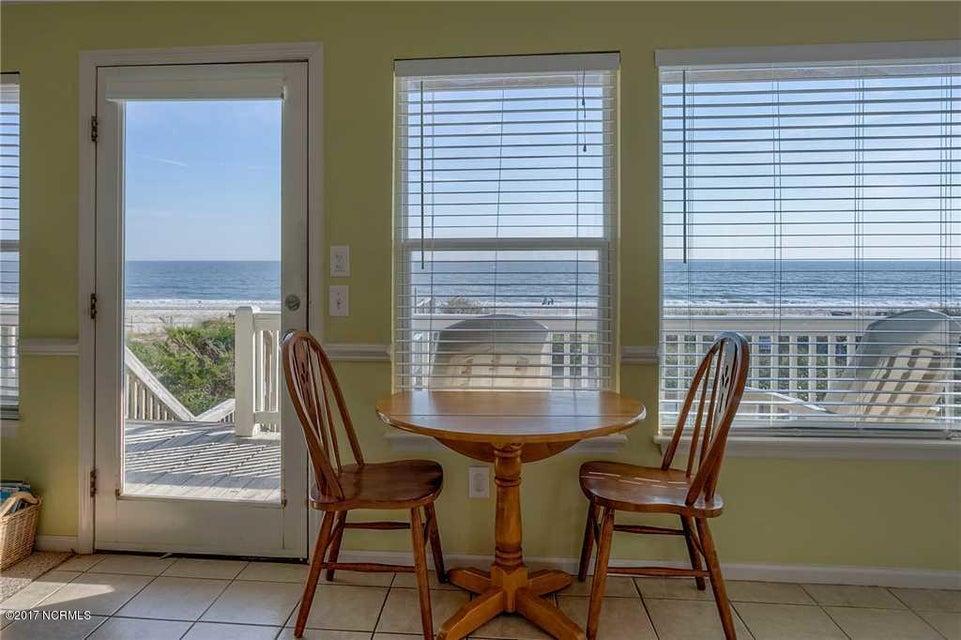 Harbor Acres Real Estate - http://cdn.resize.sparkplatform.com/ncr/1024x768/true/20170701193843391768000000-o.jpg
