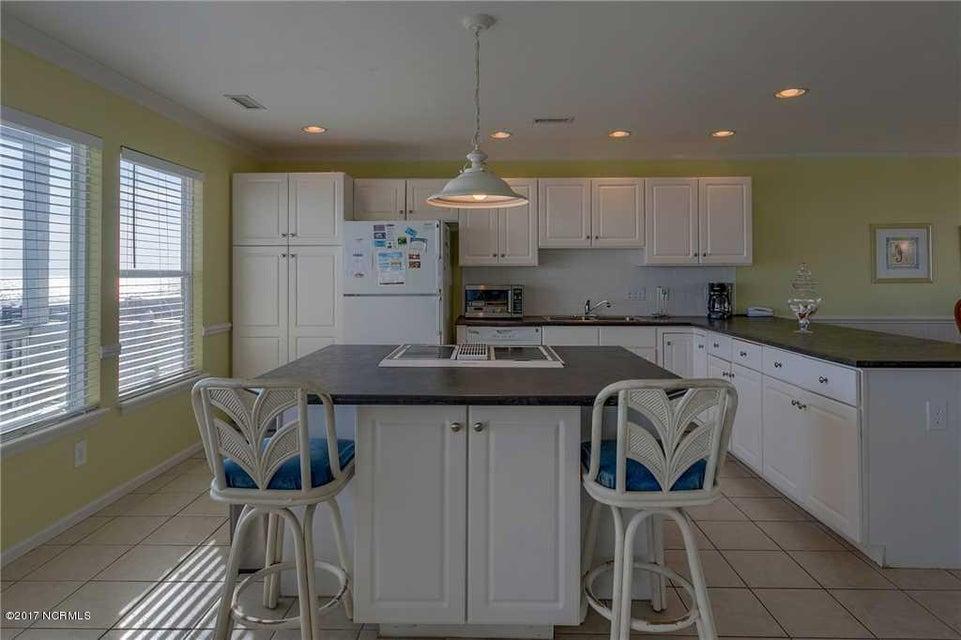 Harbor Acres Real Estate - http://cdn.resize.sparkplatform.com/ncr/1024x768/true/20170701193846649378000000-o.jpg