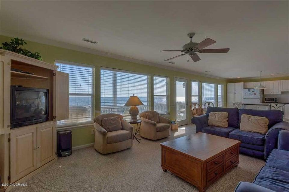 Harbor Acres Real Estate - http://cdn.resize.sparkplatform.com/ncr/1024x768/true/20170701193850896803000000-o.jpg