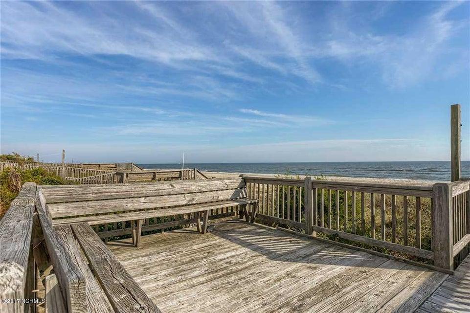 Harbor Acres Real Estate - http://cdn.resize.sparkplatform.com/ncr/1024x768/true/20170701193857320497000000-o.jpg