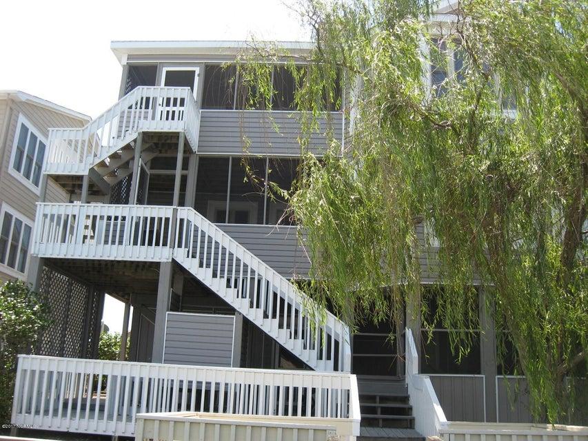 Sunset Beach Real Estate - http://cdn.resize.sparkplatform.com/ncr/1024x768/true/20170702040047338285000000-o.jpg