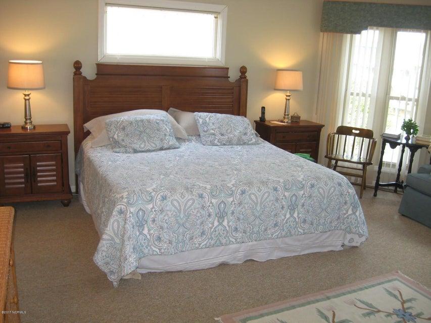 Sunset Beach Real Estate - http://cdn.resize.sparkplatform.com/ncr/1024x768/true/20170702040352014659000000-o.jpg