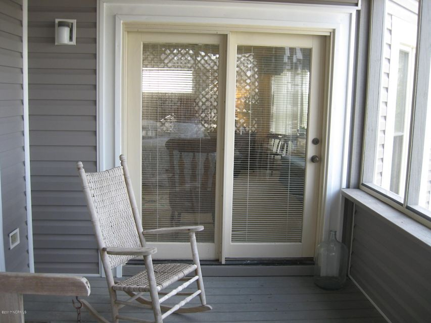 Sunset Beach Real Estate - http://cdn.resize.sparkplatform.com/ncr/1024x768/true/20170702041706322293000000-o.jpg