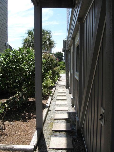 Sunset Beach Real Estate - http://cdn.resize.sparkplatform.com/ncr/1024x768/true/20170702042250373068000000-o.jpg