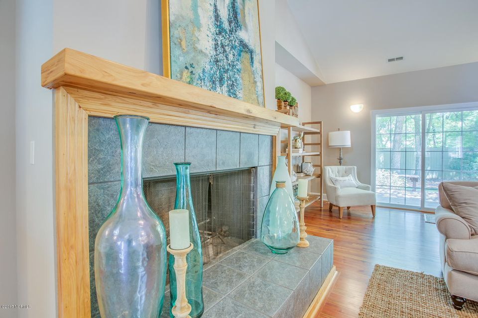 Porters Neck Plantation Real Estate - http://cdn.resize.sparkplatform.com/ncr/1024x768/true/20170707210540372190000000-o.jpg