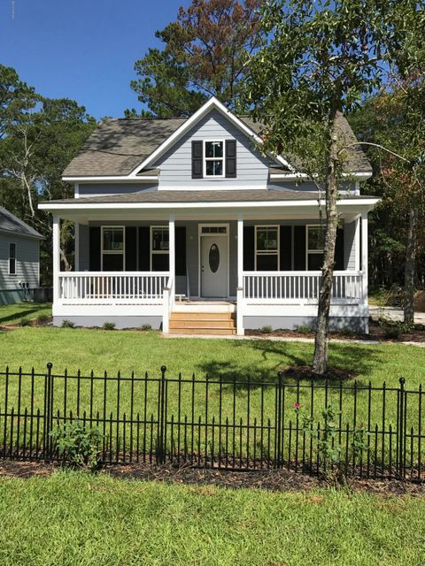 109  Highland Park Southport, NC 28461