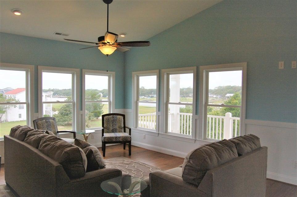 Heron Landing Real Estate - http://cdn.resize.sparkplatform.com/ncr/1024x768/true/20170711170421025652000000-o.jpg