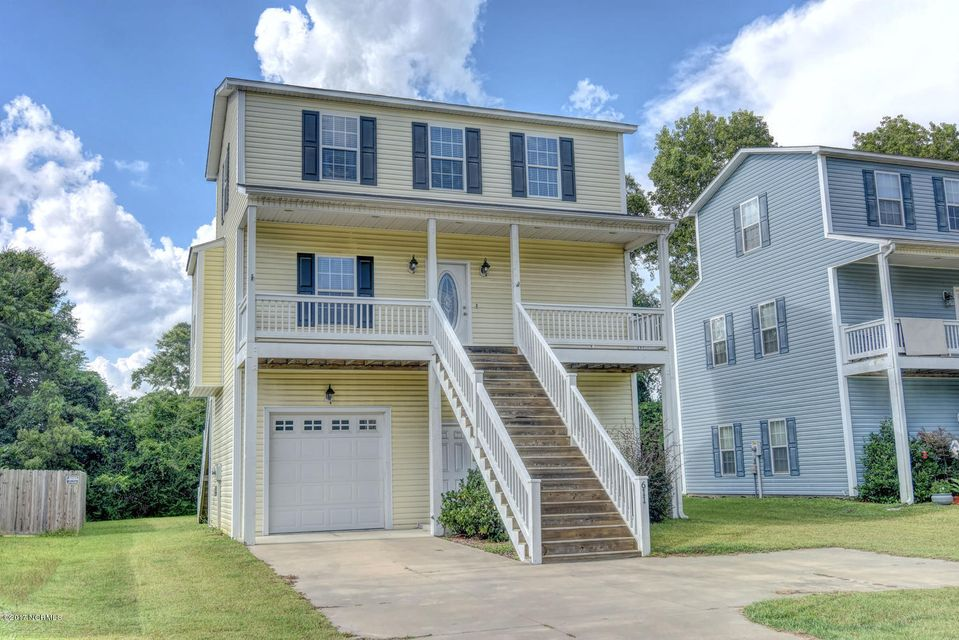 611 Canady Road, Sneads Ferry, NC 28460