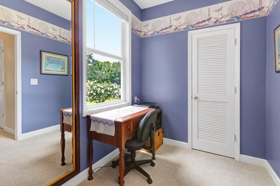 Tranquil Harbor Real Estate - http://cdn.resize.sparkplatform.com/ncr/1024x768/true/20170712143826986459000000-o.jpg