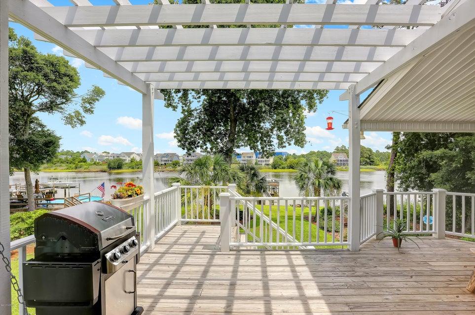 Tranquil Harbor Real Estate - http://cdn.resize.sparkplatform.com/ncr/1024x768/true/20170712143939158155000000-o.jpg