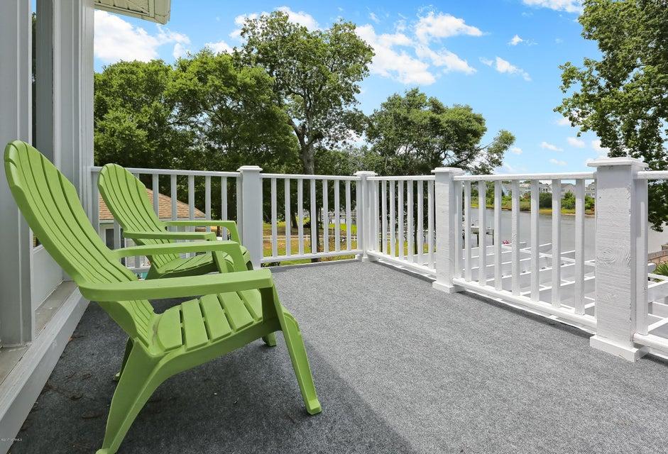 Tranquil Harbor Real Estate - http://cdn.resize.sparkplatform.com/ncr/1024x768/true/20170712143944631193000000-o.jpg