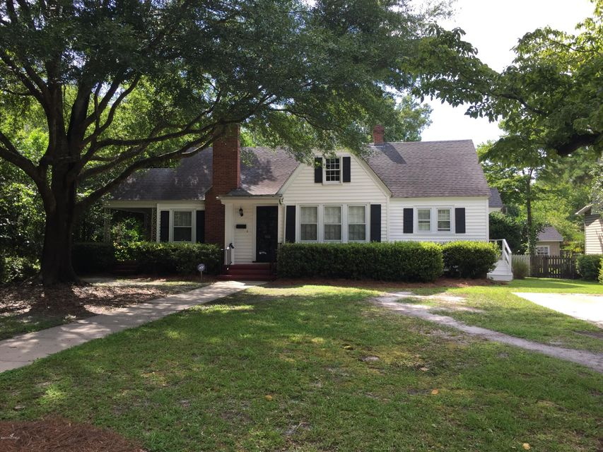 1106 Country Club Road, Wilmington, NC 28403