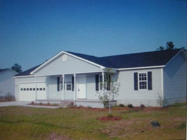 405 S Grazing Court, Sneads Ferry, NC 28460