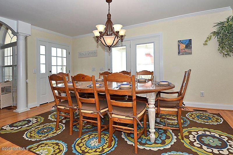 Ocean Isle West Real Estate - http://cdn.resize.sparkplatform.com/ncr/1024x768/true/20170720190413294665000000-o.jpg