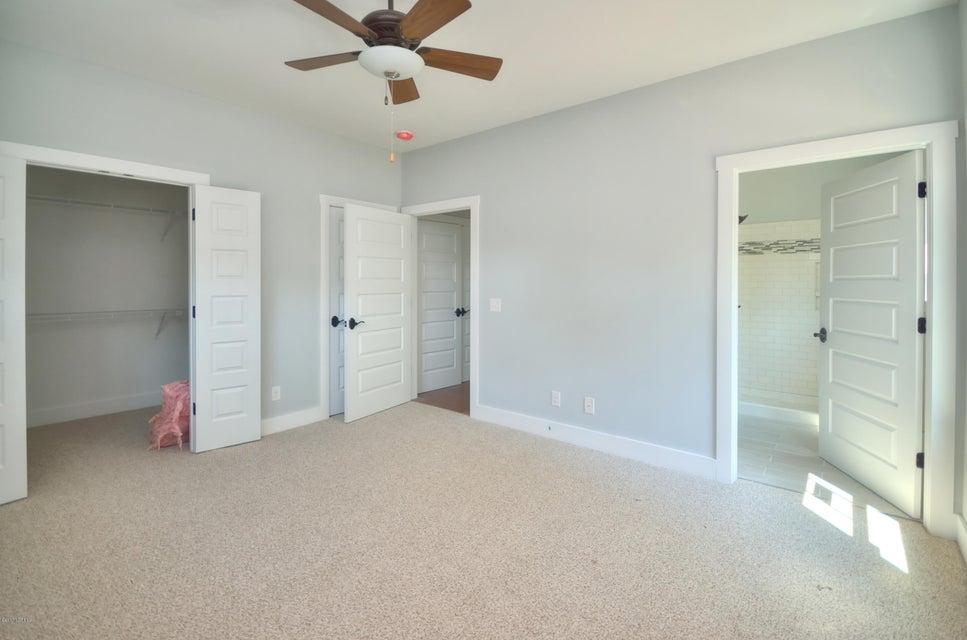 Tranquil Harbor Real Estate - http://cdn.resize.sparkplatform.com/ncr/1024x768/true/20170723172203742833000000-o.jpg