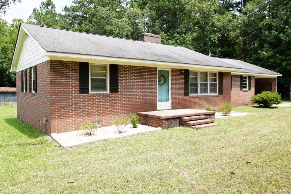 792 Roberts Road, Newport, NC 28570