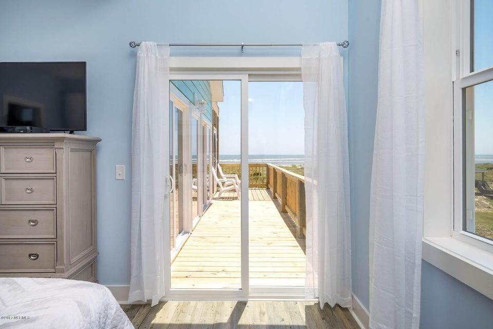 Harbor at Kings Lynn Real Estate - http://cdn.resize.sparkplatform.com/ncr/1024x768/true/20170726202716385052000000-o.jpg