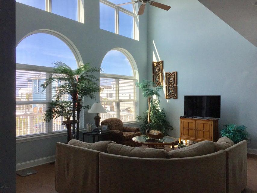 Ocean Isle Beach Real Estate For Sale - MLS 100074370
