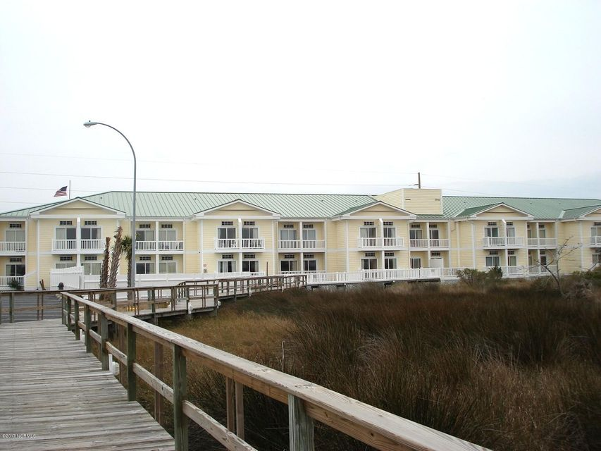 602 W Fort Macon Road 215, Atlantic Beach, NC 28512