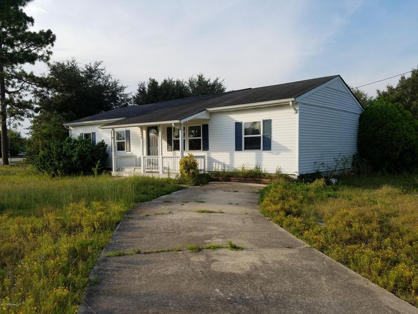 93 Riegel Drive, Hubert, NC 28539