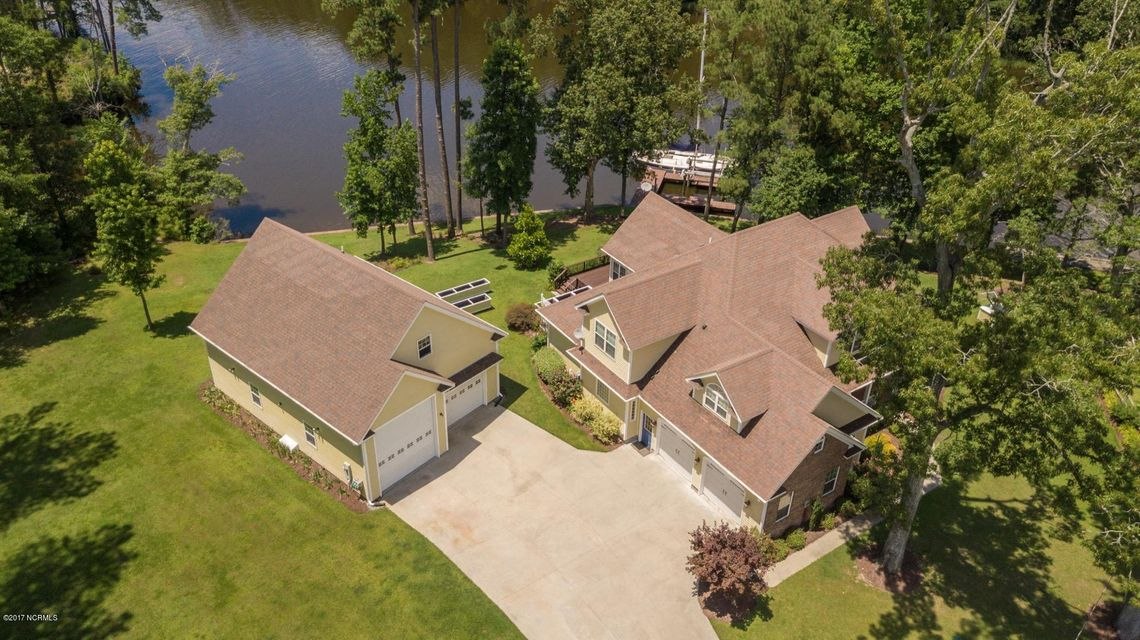 117 Cool Point Road Ext, Bath, NC 27808