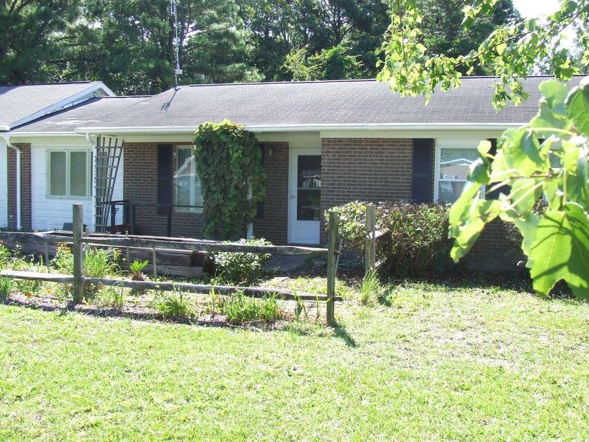 Dutchman Acres Real Estate - http://cdn.resize.sparkplatform.com/ncr/1024x768/true/20170801175906391303000000-o.jpg