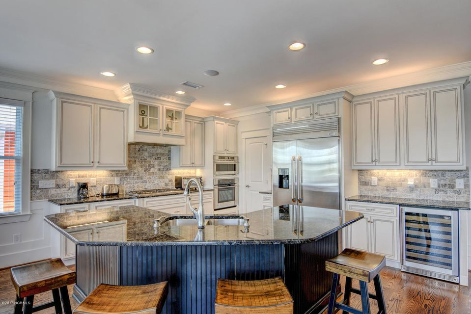 Seawatch Real Estate - http://cdn.resize.sparkplatform.com/ncr/1024x768/true/20170803132950283980000000-o.jpg