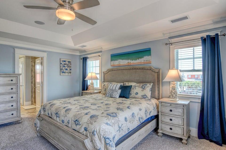 Seawatch Real Estate - http://cdn.resize.sparkplatform.com/ncr/1024x768/true/20170803133032766225000000-o.jpg