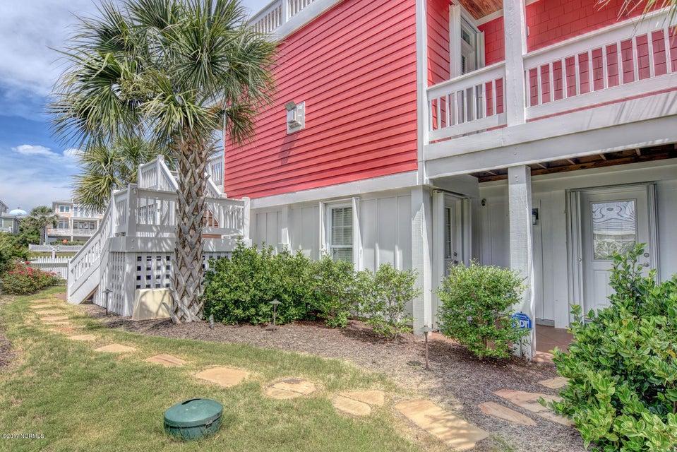 Seawatch Real Estate - http://cdn.resize.sparkplatform.com/ncr/1024x768/true/20170803133042246924000000-o.jpg