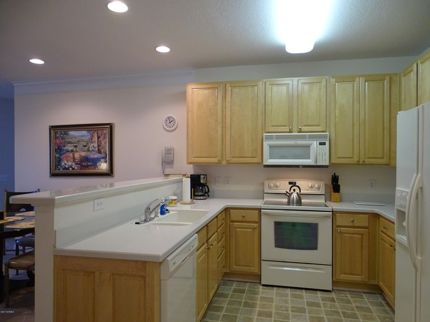 Crow Creek Real Estate - http://cdn.resize.sparkplatform.com/ncr/1024x768/true/20170804222812967679000000-o.jpg