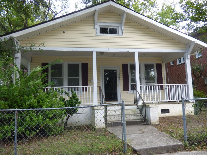 1204 Chestnut Street, Wilmington, NC 28401