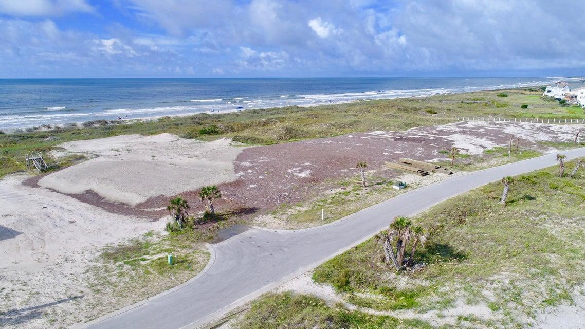 Palm Cove Real Estate - http://cdn.resize.sparkplatform.com/ncr/1024x768/true/20170811193745447650000000-o.jpg