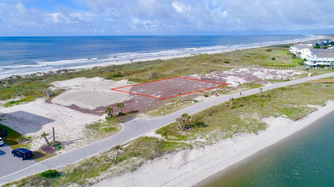 Palm Cove Real Estate - http://cdn.resize.sparkplatform.com/ncr/1024x768/true/20170811193800536067000000-o.jpg
